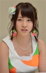 AKB48襲撃-1.jpg