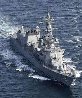 護衛艦-3.jpg